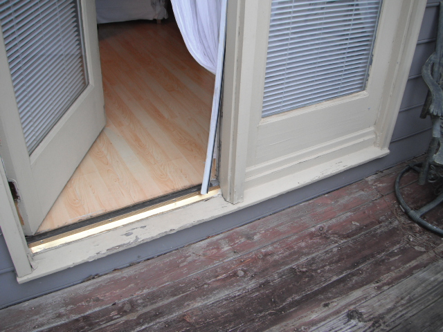 e-back-door-rot-and-leakage-4