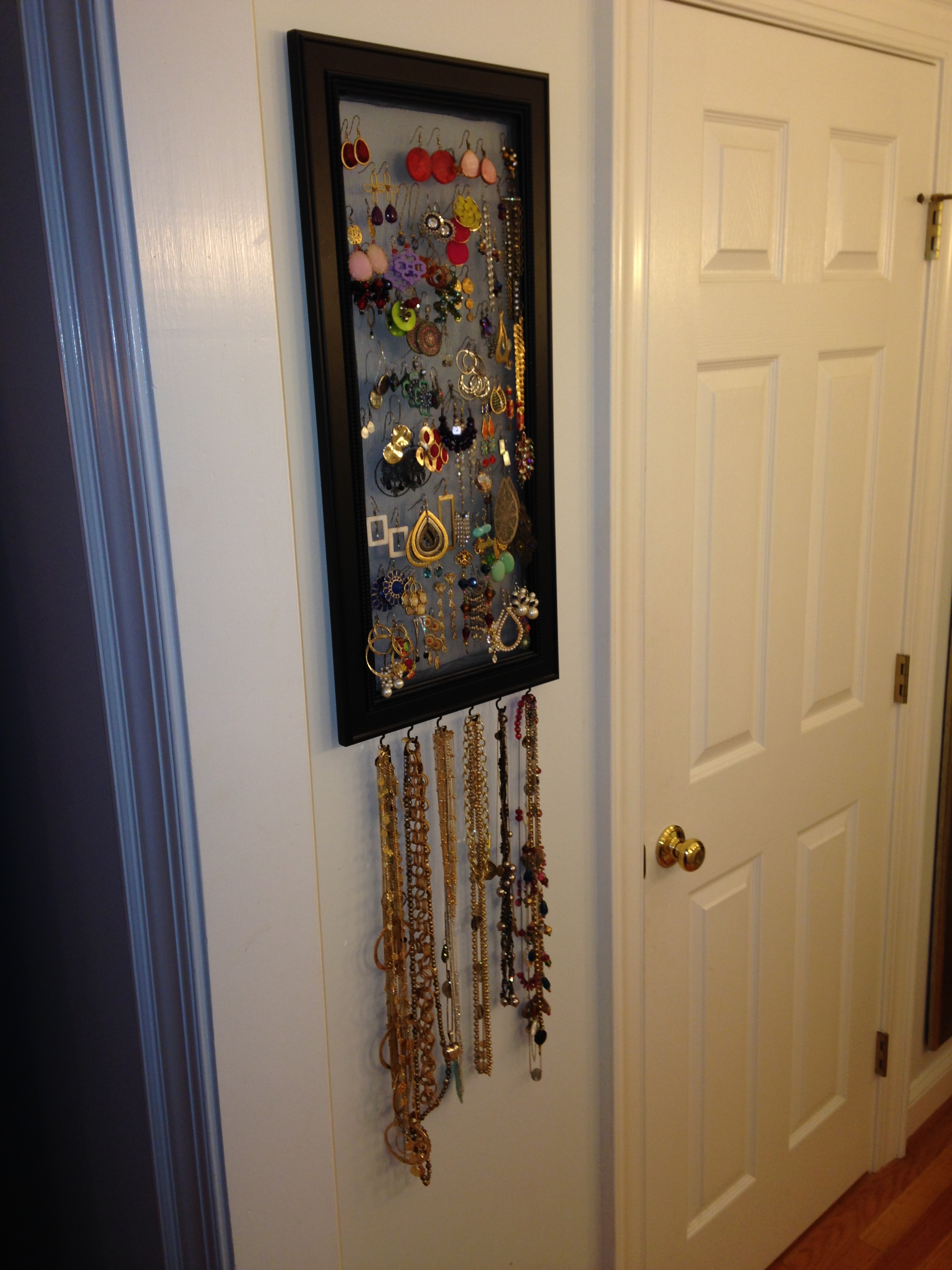 Jewelry Storage Screen